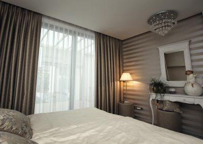 luxusné záclony a závesy v spálni